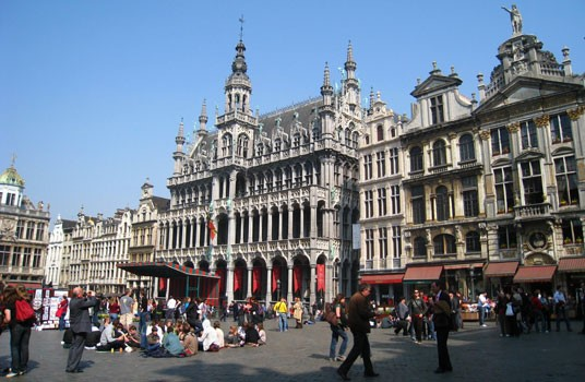 grand-place-brussels.jpg